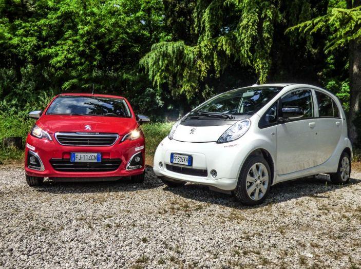 Test Peugeot 108 Collection VS Peugeot iON: Elettrica contro Citycar - Foto 35 di 39