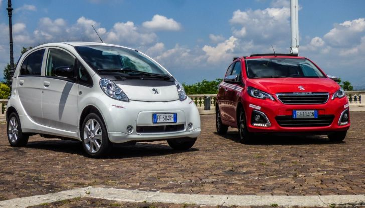 Test Peugeot 108 Collection VS Peugeot iON: Elettrica contro Citycar - Foto 27 di 39