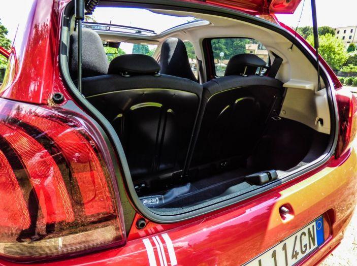 Test Peugeot 108 Collection VS Peugeot iON: Elettrica contro Citycar - Foto 28 di 39