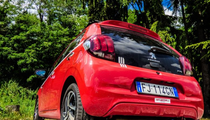 Test Peugeot 108 Collection VS Peugeot iON: Elettrica contro Citycar - Foto 8 di 39