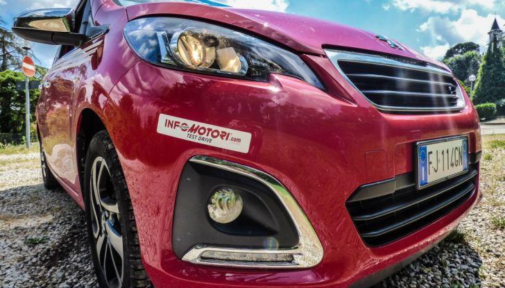 Test Peugeot 108 Collection VS Peugeot iON: Elettrica contro Citycar - Foto 29 di 39