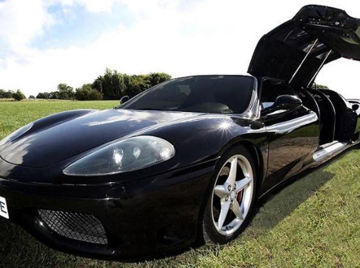 Ferrari-limousine: Potenza e comfort, ma sono guai per il proprietario - Foto 1 di 8
