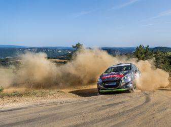 Peugeot penalizzata dalle forature al Barum Czech Rally Zlin