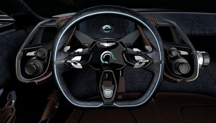 Aston Martin DBX 2019: il crossover inglese da 600 CV - Foto 13 di 18
