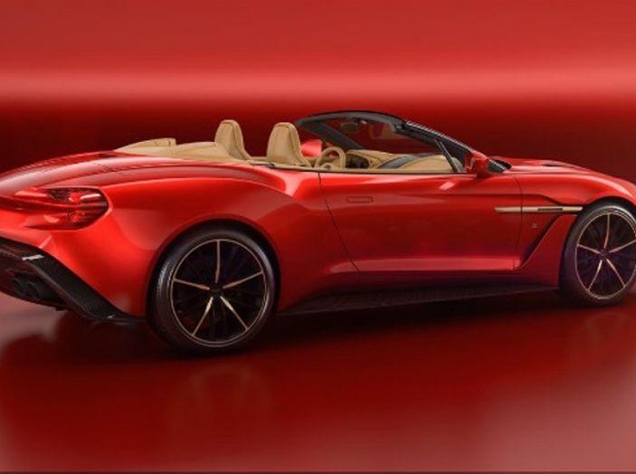 Aston Martin Vanquish Zagato Volante: serie limitata da 99 esemplari - Foto 3 di 10