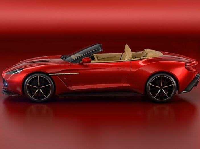 Aston Martin Vanquish Zagato Volante: serie limitata da 99 esemplari - Foto 2 di 10