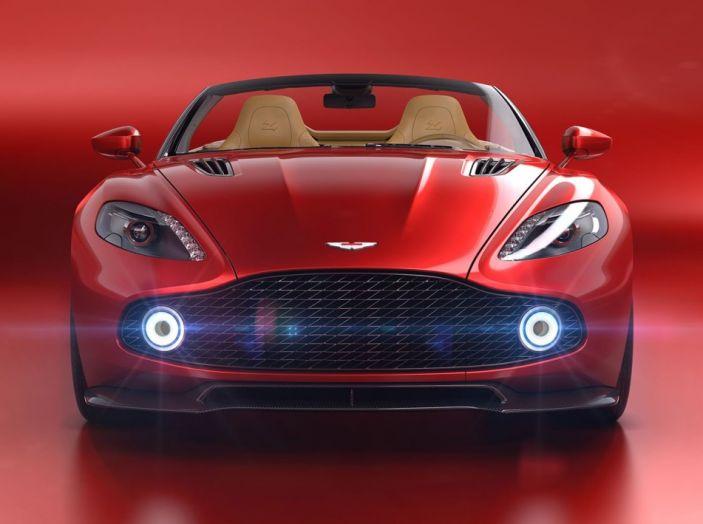 Aston Martin Vanquish Zagato Volante: serie limitata da 99 esemplari - Foto 1 di 10