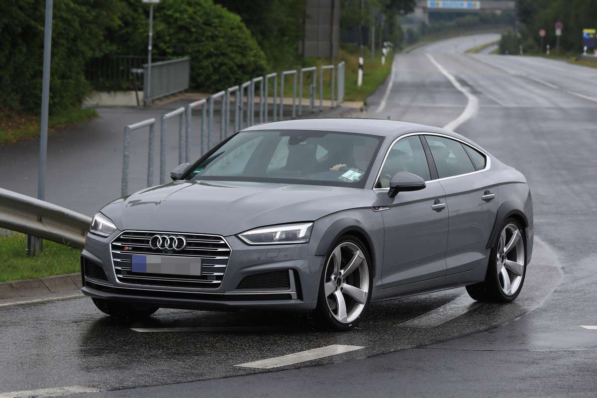 Audi - RS 5