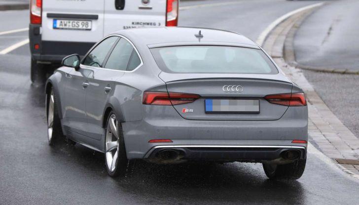 Babbo Natale cambia look nello spot Audi - Foto 7 di 9