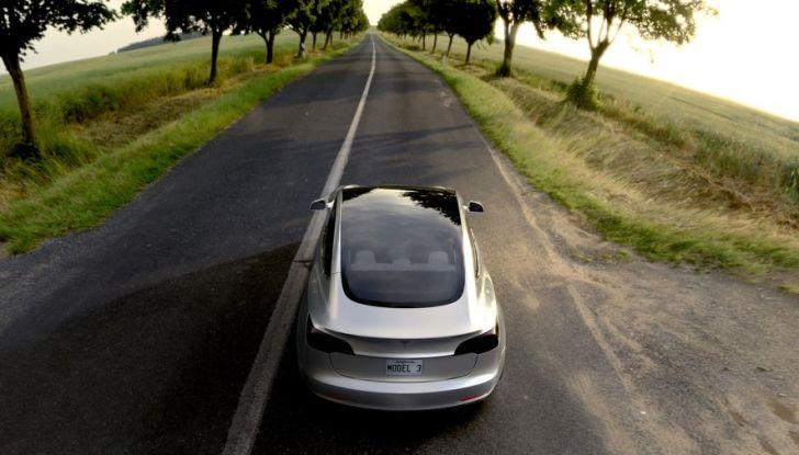 Alimentazione: differenze fra benzina, ibrida, ibrida plug-in e auto elettrica - Foto 10 di 18