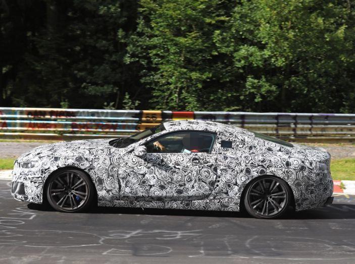 BMW Serie 8 Coupè, test in pista in vista del debutto - Foto 4 di 9