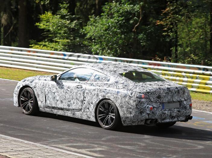 BMW Serie 8 Coupè, test in pista in vista del debutto - Foto 6 di 9