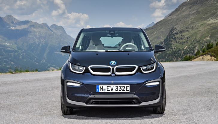 Nuova BMW i3 e i3s: l'elettrica diventa più aggressiva e tecnologica - Foto 5 di 20