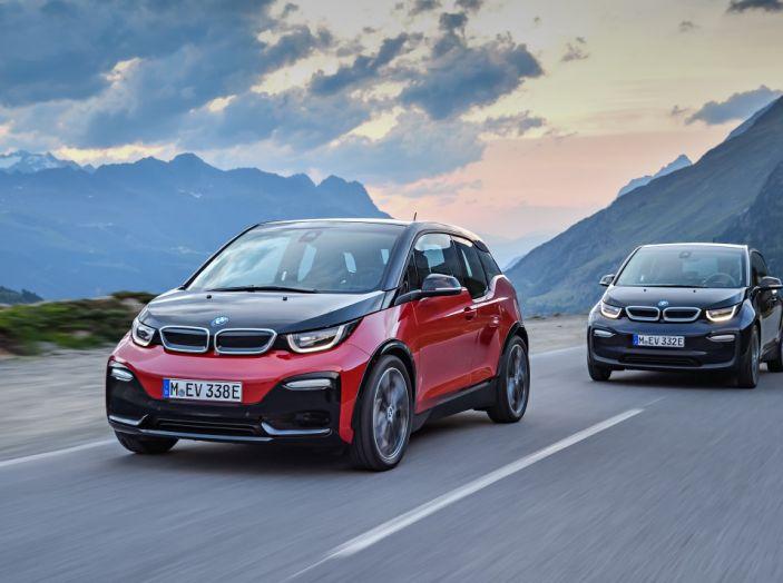 Nuova BMW i3 e i3s: l'elettrica diventa più aggressiva e tecnologica - Foto 3 di 20