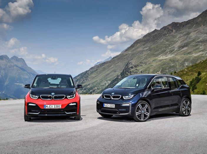 Nuova BMW i3 e i3s: l'elettrica diventa più aggressiva e tecnologica - Foto 9 di 20