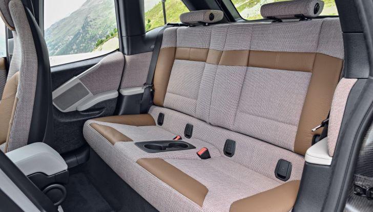 Nuova BMW i3 e i3s: l'elettrica diventa più aggressiva e tecnologica - Foto 18 di 20