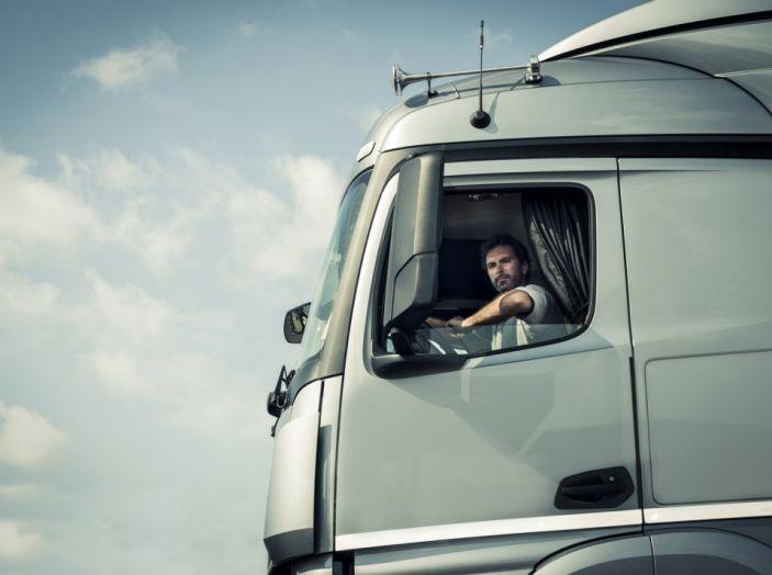 Passaggio di proprietà dei mezzi pesanti: prezzi, tempi e modalità - Foto 2 di 8