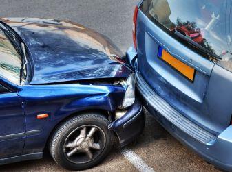 Cosa fare dopo un incidente stradale con l'auto