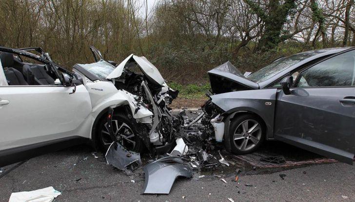 Cosa fare dopo un incidente stradale con l'auto - Foto 6 di 7