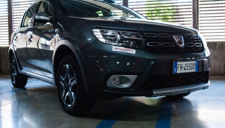Dacia Sandero Stepway 0.9 TCe 90 CV Brave, prova su strada della versione GPL - Foto 9 di 29
