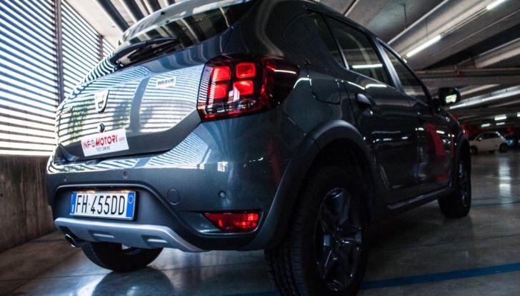 Dacia Sandero Stepway 0.9 TCe 90 CV Brave, prova su strada della versione GPL - Foto 11 di 29