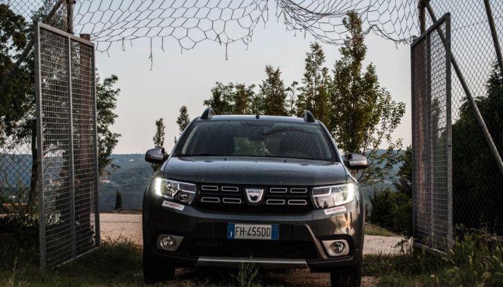 Dacia Sandero Stepway 0.9 TCe 90 CV Brave, prova su strada della versione GPL - Foto 3 di 29