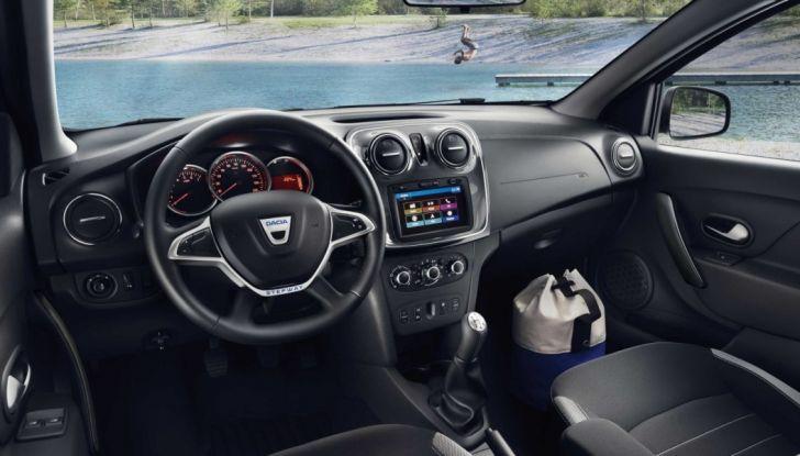 Dacia Sandero, in offerta a 7.450€ con possibilità di finanziamento - Foto 3 di 8
