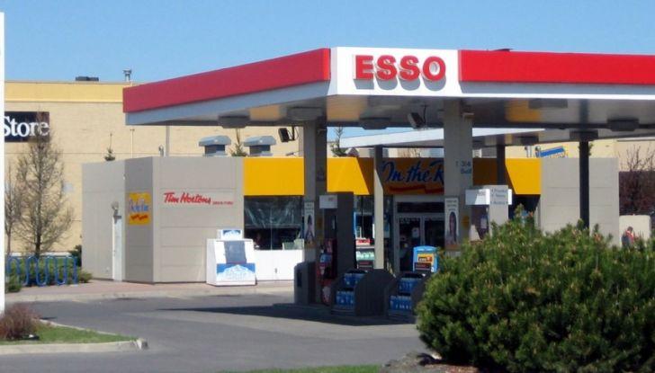 Exxon vende Esso Italia agli spagnoli ed i benzinai la citano a giudizio per la strategia commerciale - Foto 5 di 8