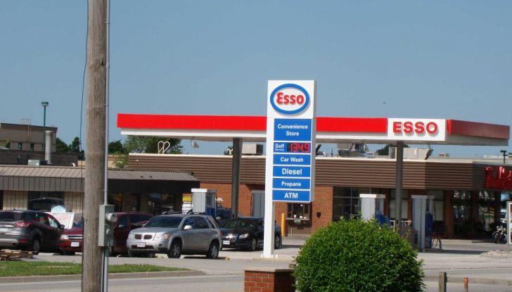Exxon vende Esso Italia agli spagnoli ed i benzinai la citano a giudizio per la strategia commerciale - Foto 4 di 8