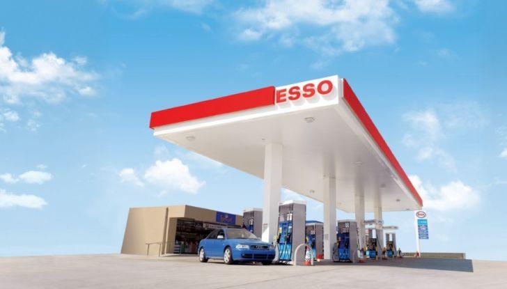 Exxon vende Esso Italia agli spagnoli ed i benzinai la citano a giudizio per la strategia commerciale - Foto 2 di 8