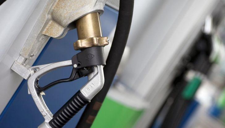 Cosa sono GPL e metano e perché inquinano meno? - Foto 1 di 5