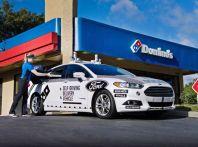 Le auto a guida autonoma ora consegnano la pizza a domicilio