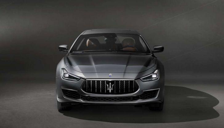 Maserati Ghibli GranLusso, il restyling della berlina sportiva - Foto 2 di 4