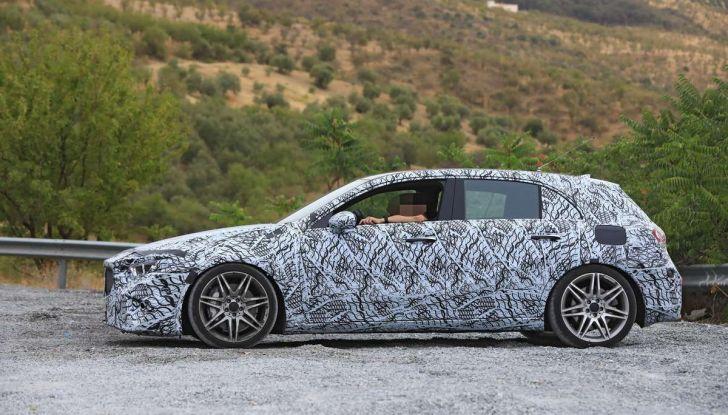 Mercedes-AMG A45 2018, nuovi test della compatta sportiva - Foto 23 di 31