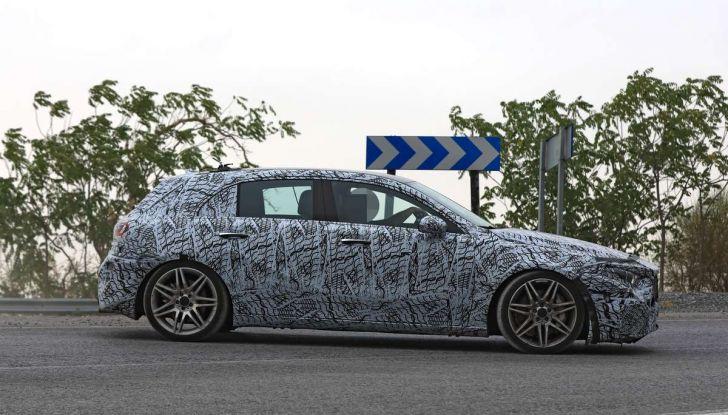 Mercedes-AMG A45 2018, nuovi test della compatta sportiva - Foto 27 di 31
