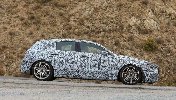 Mercedes-AMG A45 2018, nuovi test della compatta sportiva - Foto 15 di 31