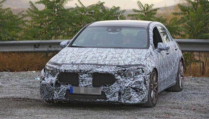 Mercedes-AMG A45 2018, nuovi test della compatta sportiva - Foto 14 di 31