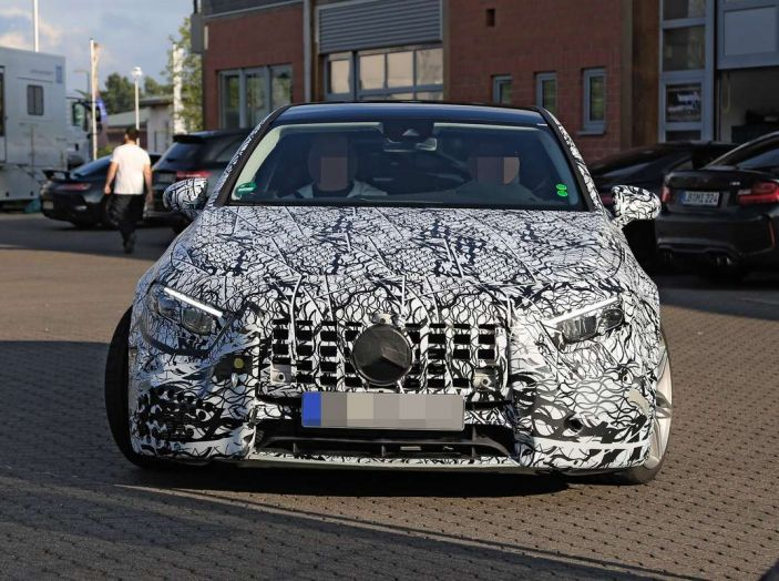 Mercedes-AMG A45 2018, i primi test della compatta sportiva - Foto 2 di 31