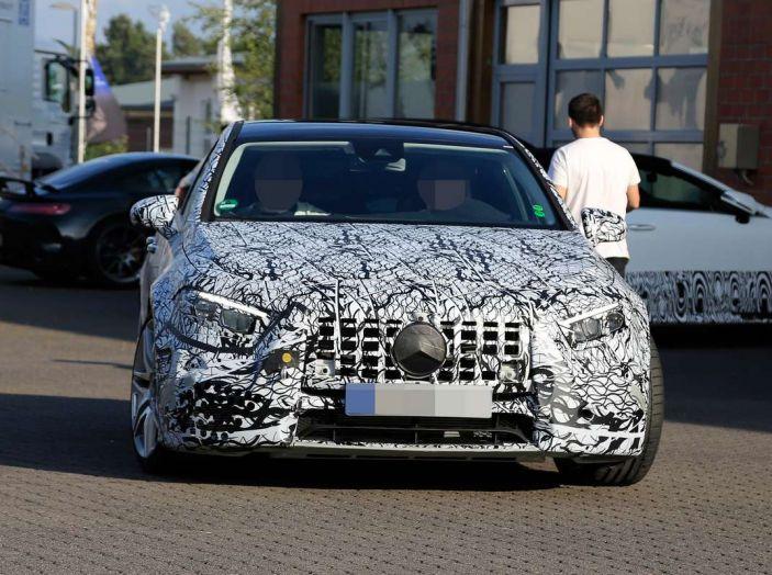 Mercedes-AMG A45 2018, nuovi test della compatta sportiva - Foto 9 di 31