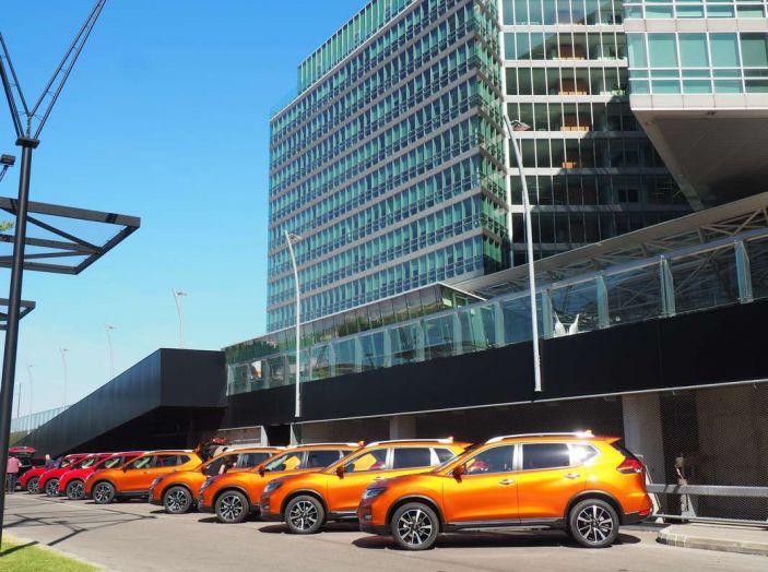 Nissan X-Trail 2018: Prova su strada, opinioni e dati tecnici del SUV 5 o 7 posti - Foto 1 di 36