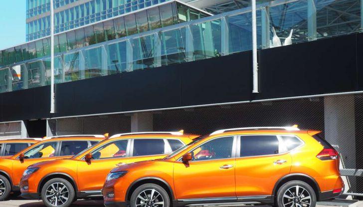 Nissan X-Trail 2018: Prova su strada, opinioni e dati tecnici del SUV 5 o 7 posti - Foto 11 di 36