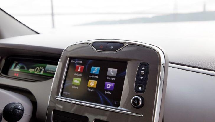 Test Drive Renault Zoe40: 1000 km a zero euro e zero emissioni - Foto 23 di 26