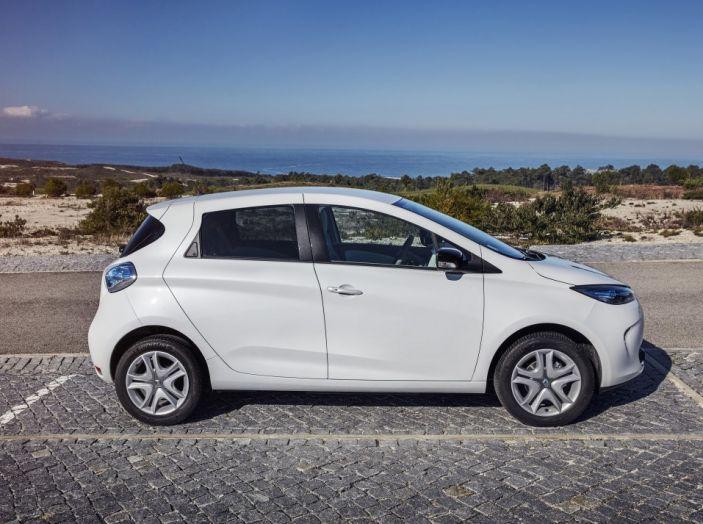 Test Drive Renault Zoe40: 1000 km a zero euro e zero emissioni - Foto 10 di 26