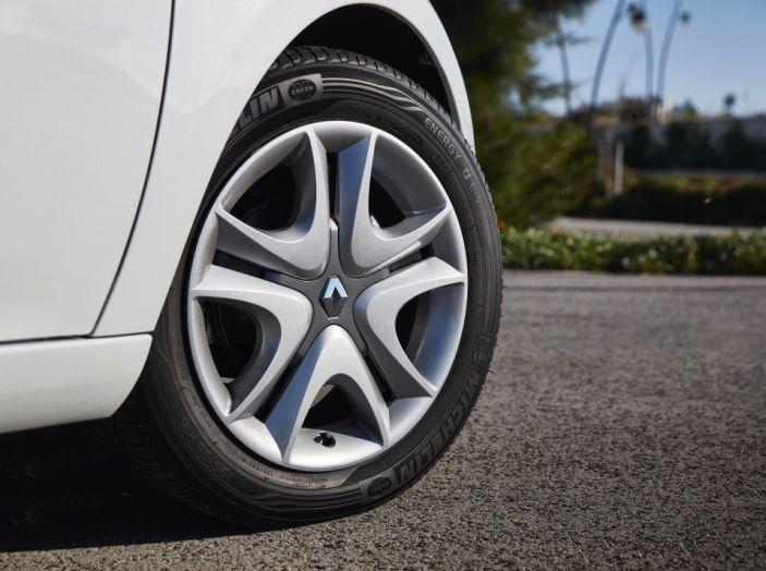 Test Drive Renault Zoe40: 1000 km a zero euro e zero emissioni - Foto 24 di 26