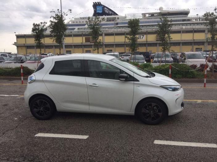 Test Drive Renault Zoe40: 1000 km a zero euro e zero emissioni - Foto 12 di 26