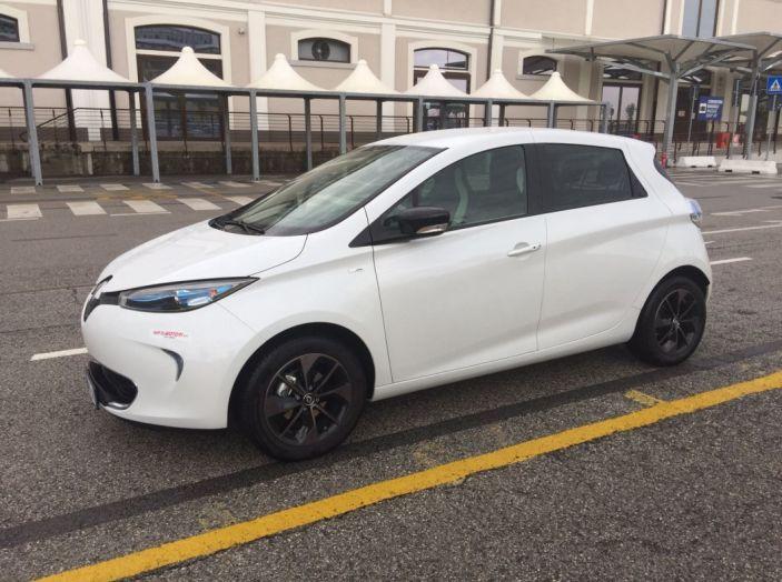 Test Drive Renault Zoe40: 1000 km a zero euro e zero emissioni - Foto 13 di 26