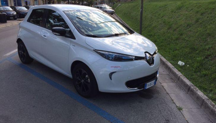 Test Drive Renault Zoe40: 1000 km a zero euro e zero emissioni - Foto 18 di 26