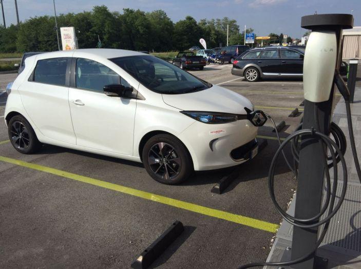 Test Drive Renault Zoe40: 1000 km a zero euro e zero emissioni - Foto 20 di 26