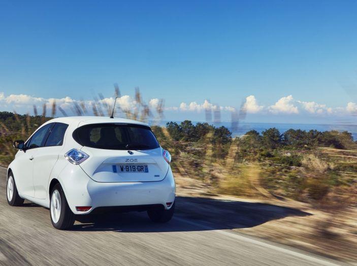 Test Drive Renault Zoe40: 1000 km a zero euro e zero emissioni - Foto 9 di 26