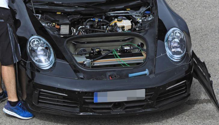 Nuova Porsche 911, nata al Nurburgring - Foto 2 di 14